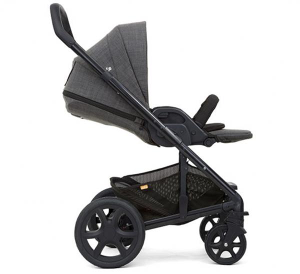 Joie Chrome DLX Carrycot & Stroller 1