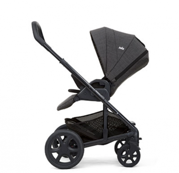 Joie Chrome DLX Carrycot & Stroller 2