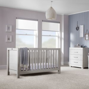 Silver Cross Coastline Cot Bed & Dresser 4