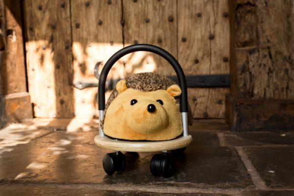 Wheely Bug Hedgehog Small 3