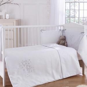 Clair De Lune Starburst Cot/ Cot Bed Quilt & Bumper - White 3