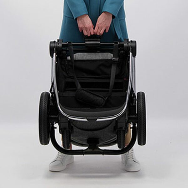 Venicci Tinum 2 Travel System inc. ULTRALITE Car Seat - City Grey 5
